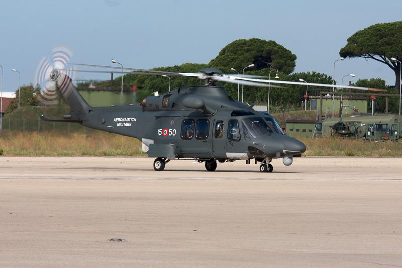 Elicottero Hercules : Aeronautica militare un elicottero e aereo per salvare