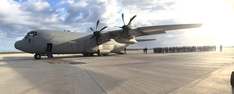 ponte aereo aeronautica militare immigrati lampedusa
