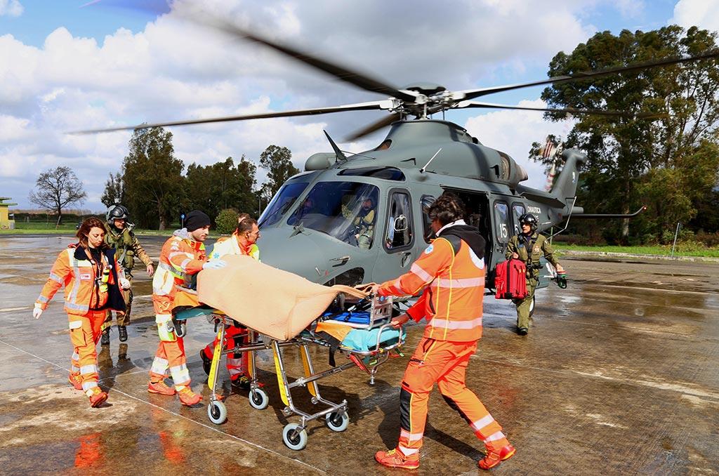 Elicottero Hercules : Aeronautica militare salgono a i trasporti sanitari